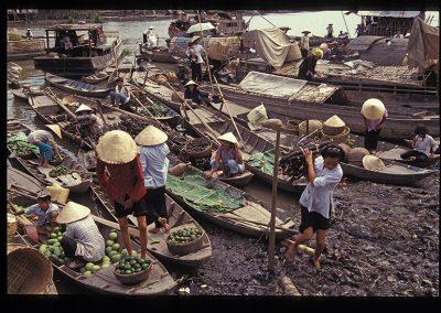 90-Mekong canal